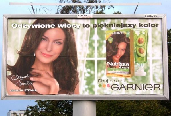 Outdoor campaign for Garnier Nutrisse cream with Danuta Stenka